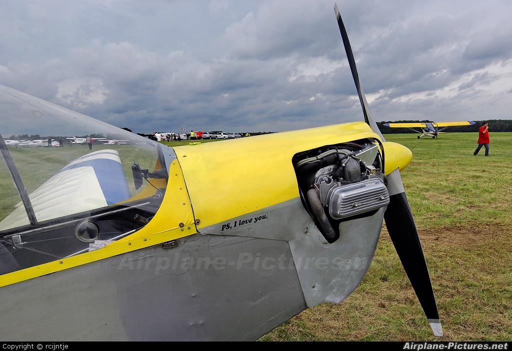 Private D-MBCD aircraft at Diest Schaffen