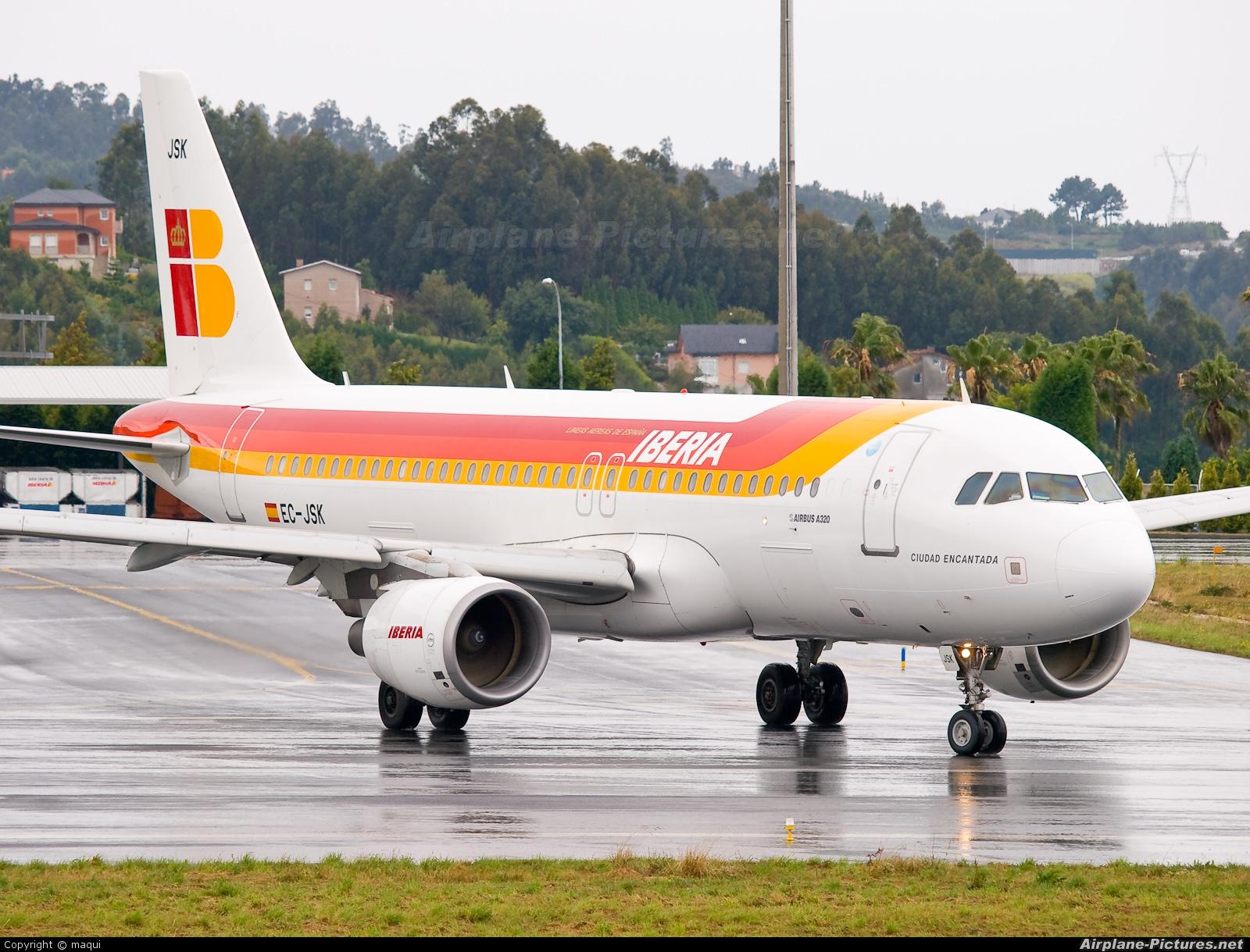 Iberia EC-JSK aircraft at La Coruña