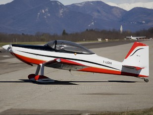 I-LOVI - Private Vans RV-8
