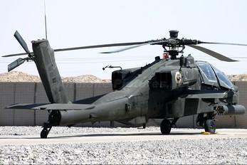 01-05243 - USA - Army Boeing AH-64 Apache