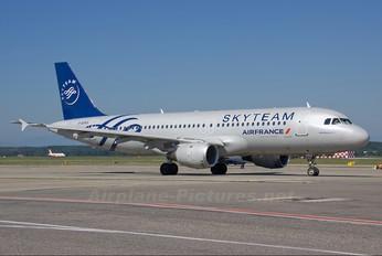 F-GFKF - Air France Airbus A320