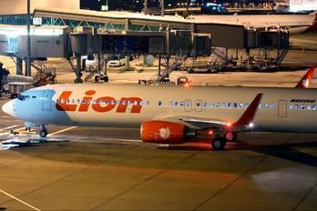 PK-LHU - Lion Airlines Boeing 737-900ER
