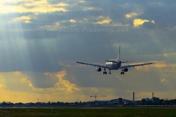 G-DBCJ - BMI British Midland Airbus A319