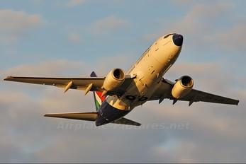 HA-LOI - Malev Boeing 737-700