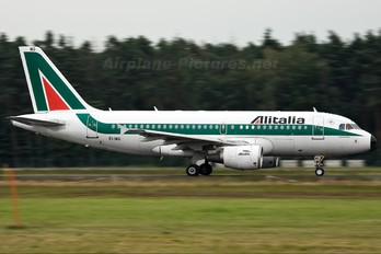EI-IMG - Alitalia Airbus A319