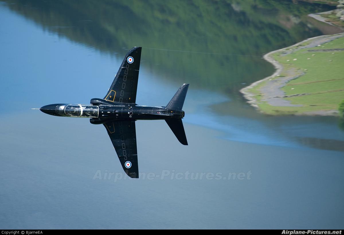 UK - QinetiQ XX162 aircraft at Machynlleth LFA7