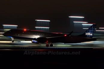 N304JB - JetBlue Airways Embraer ERJ-190 (190-100)