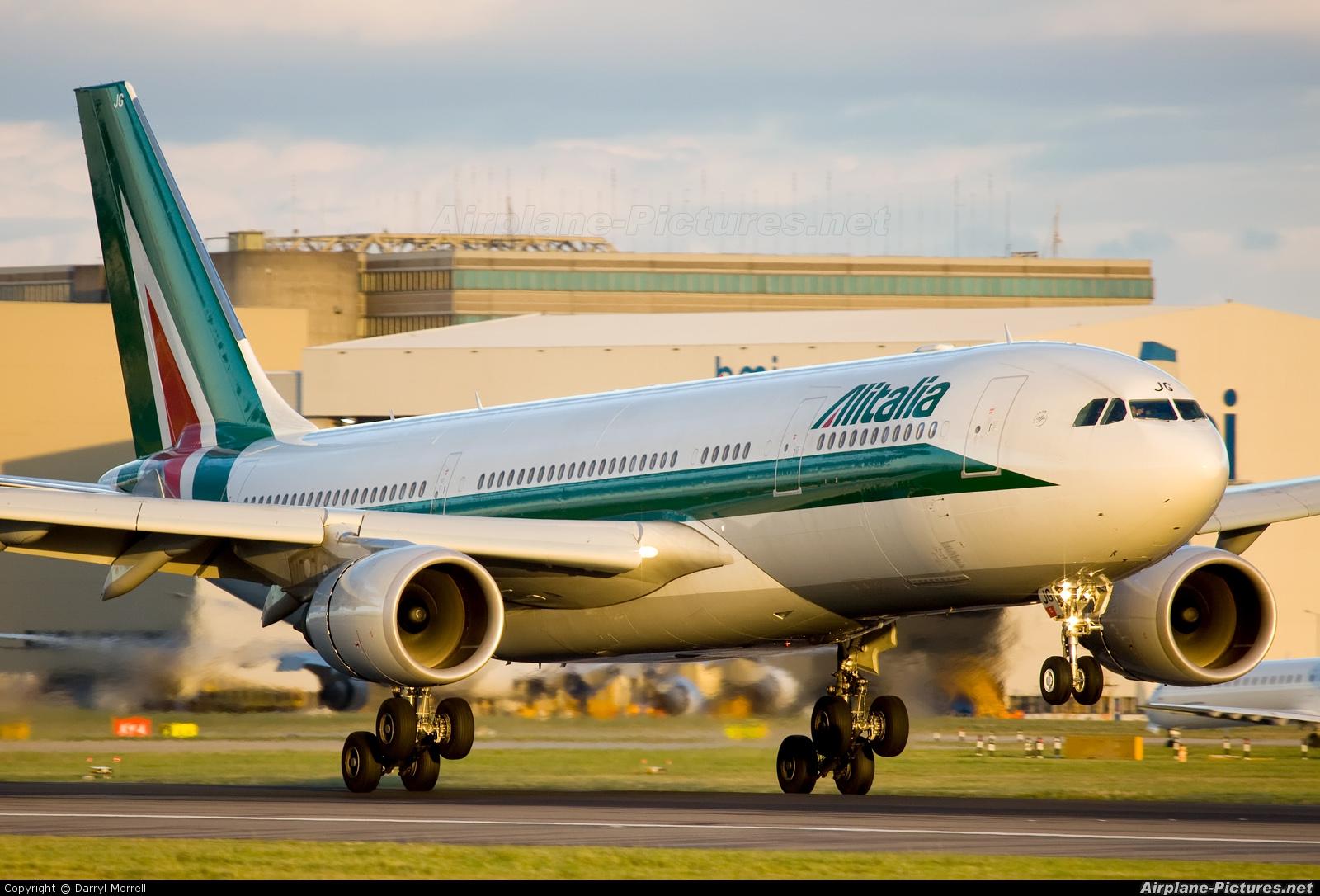 Jet Privato Alitalia : Ei ejg alitalia airbus a at london heathrow