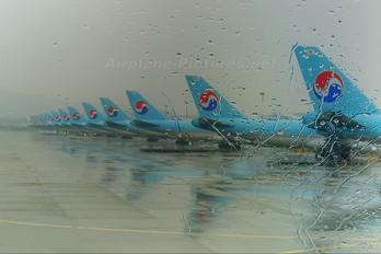 - - Korean Air Cargo Boeing 747-400F, ERF