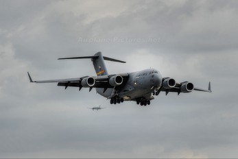 - - USA - Air Force Boeing C-17A Globemaster III