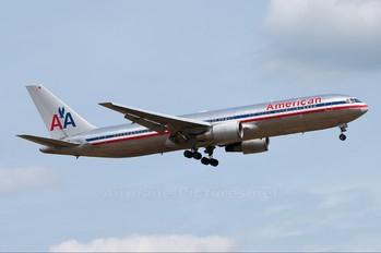 N371AA - American Airlines Boeing 767-300ER