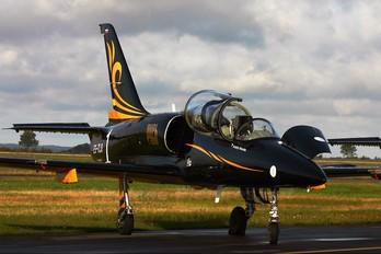 ES-TLO - Team Russ Aero L-39C Albatros