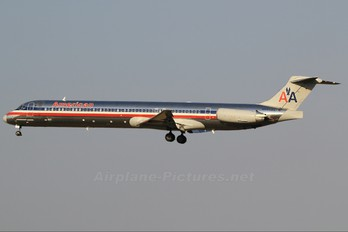 N59523 - American Airlines McDonnell Douglas MD-82