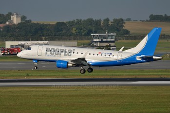 OE-LMK - People's Viennaline Embraer ERJ-170 (170-100)