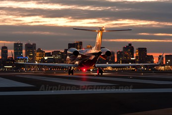 N607FX - Private Learjet 45