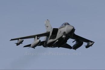 ZD849 - Royal Air Force Panavia Tornado GR.4 / 4A