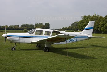 I-OMGA - Private Piper PA-32 Saratoga