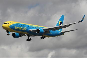 UR-AAH - Aerosvit - Ukrainian Airlines Boeing 767-300
