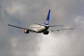 LN-TUH - SAS - Braathens Boeing 737-700