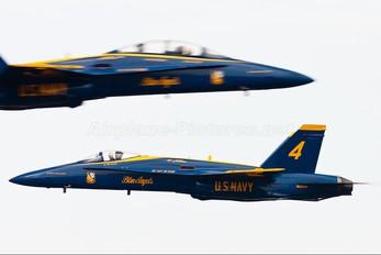 163093 - USA - Navy : Blue Angels McDonnell Douglas F/A-18A Hornet