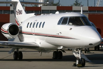 CS-DNU - NetJets Europe (Portugal) Hawker Beechcraft 800XP