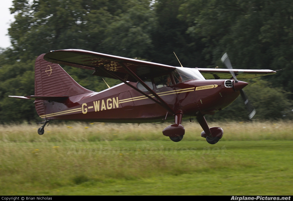 Private G-WAGN aircraft at Popham