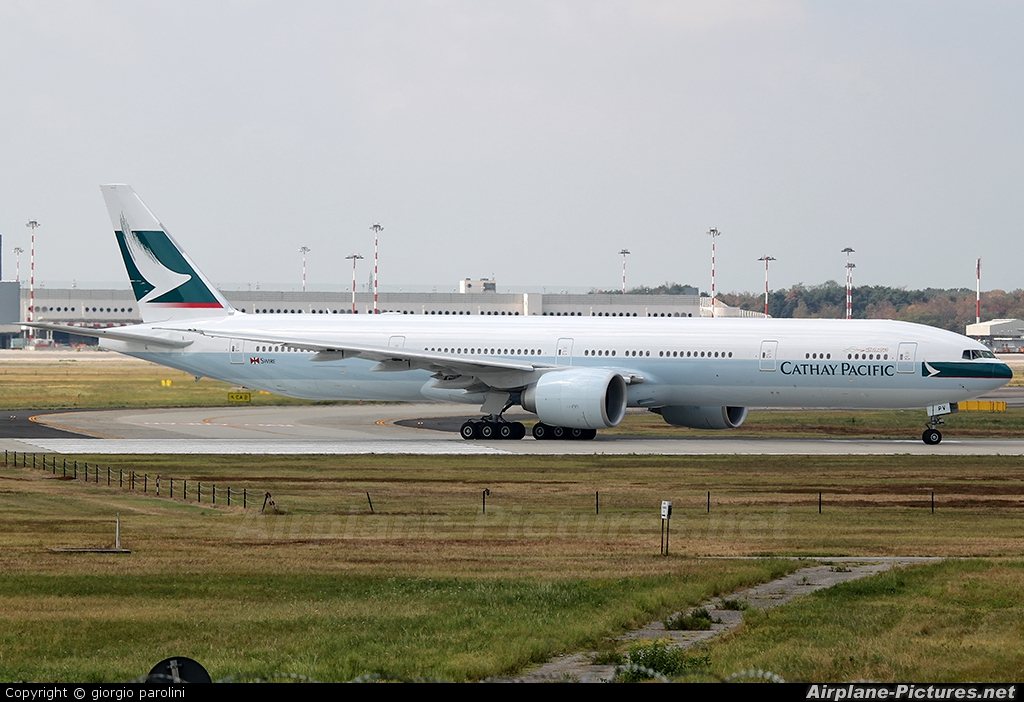 Cathay Pacific B-KPV aircraft at Milan - Malpensa