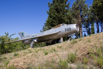 7110 - Pakistan - Air Force Mikoyan-Gurevich MiG-19PM