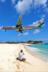 N198AA - American Airlines Boeing 757-200