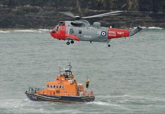 ZA130 - Royal Navy Westland Sea King HU.5