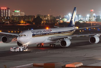 9V-SGC - Singapore Airlines Airbus A340-500