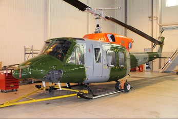 ZK067 - British Army Bell 212