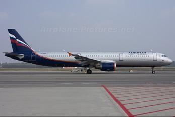 VQ-BEF - Aeroflot Airbus A321