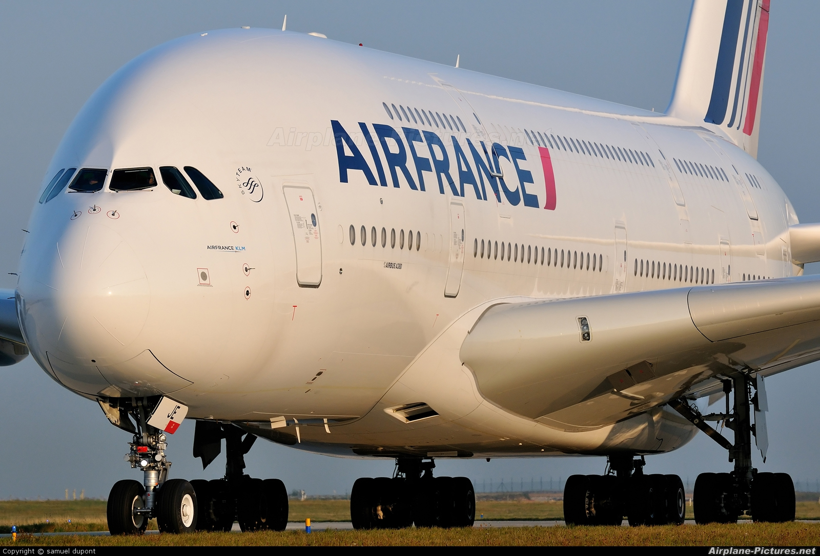 F hpje air france airbus a380 at paris charles de for A380 air france interieur