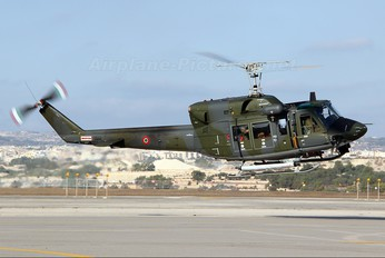 MM81154 - Italy - Air Force Agusta / Agusta-Bell AB 212AM
