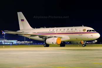 EK-RAOI - Armenia - Government Airbus A319 CJ