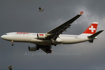 HB-IQP - Swiss Airbus A330-200