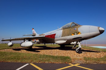 XE606 - Royal Air Force Hawker Hunter F.6