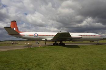 XS235 - Royal Aircraft Establishment de Havilland DH.106 Comet 4C