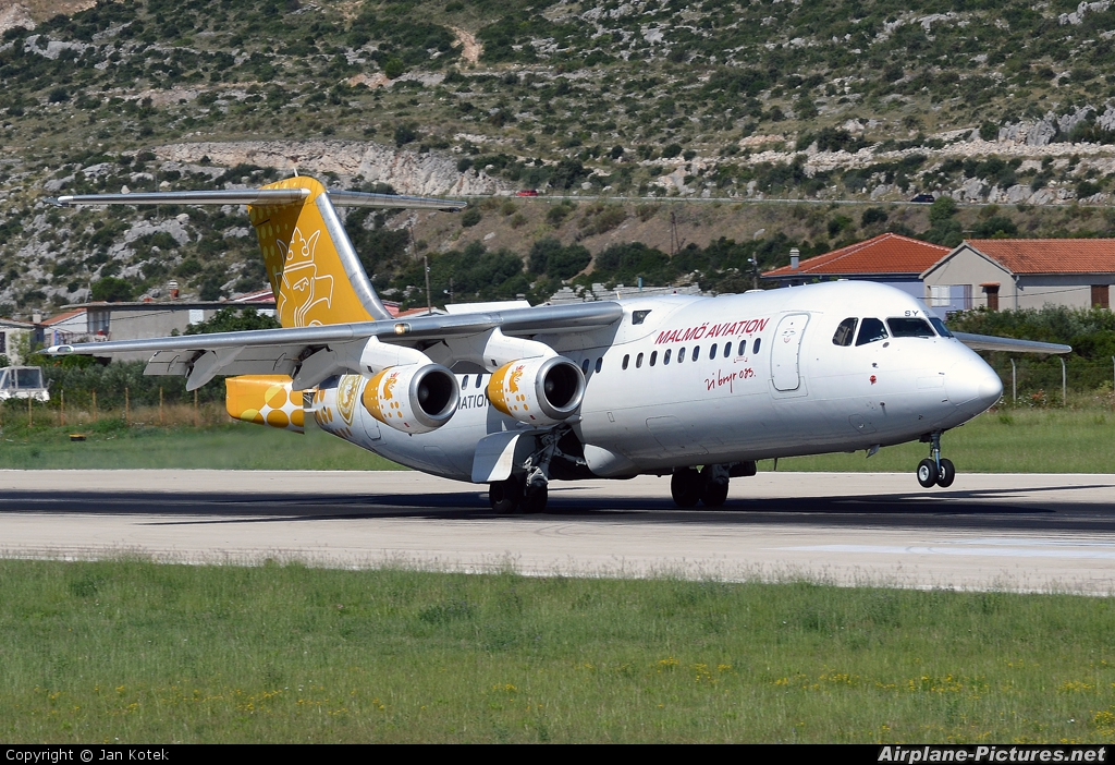 Malmo Aviation SE-DSY aircraft at Split - Kaštela