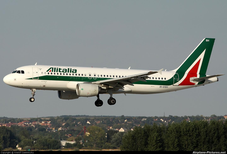 Alitalia EI-DSH aircraft at Budapest Ferenc Liszt International Airport