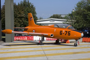 MM54284 - Italy - Air Force Aermacchi MB-326
