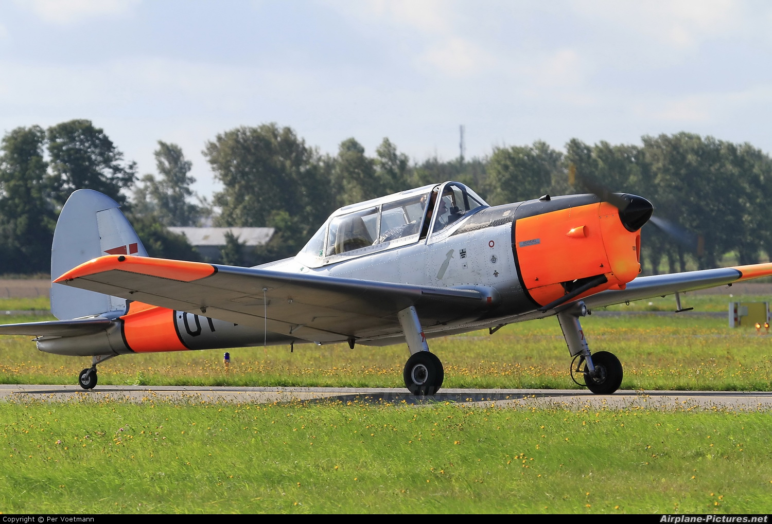 Private OY-AVF aircraft at Copenhagen Roskilde