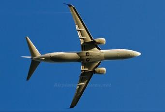 TC-SUY - SunExpress Boeing 737-800