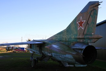 71 - Russia - Air Force Mikoyan-Gurevich MiG-27