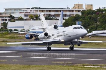 OH-FFE - Private Dassault Falcon 900 series