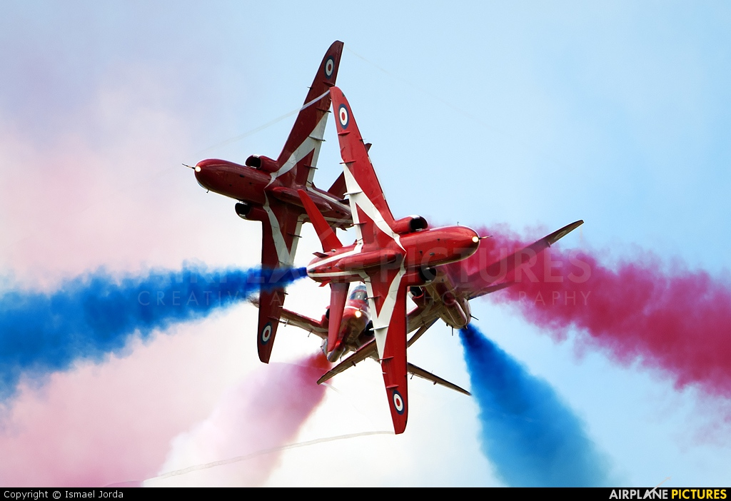 "Royal Air Force ""Red Arrows"" XX322 aircraft at Fairford"