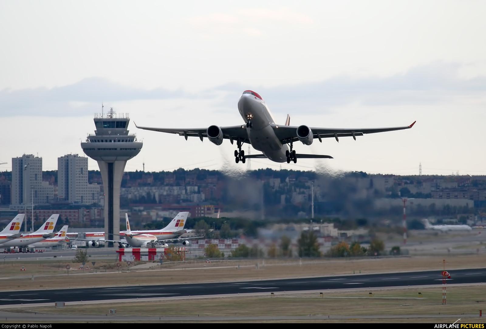 Avianca N969AV aircraft at Madrid - Barajas