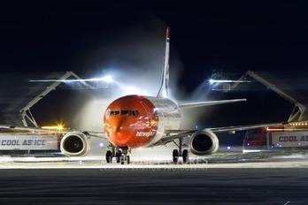 LN-KKW - Norwegian Air Shuttle Boeing 737-300