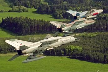 2500 - Czech - Air Force Mikoyan-Gurevich MiG-21MF